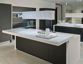 Schwarz Designglas