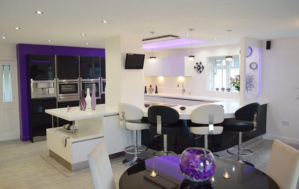 purple hue - Violet Kitchen 2015
