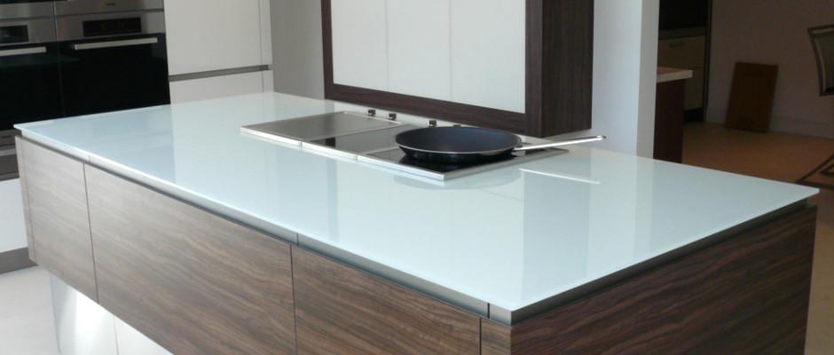 White glass kitchen island unit work top - Kitchen Worktops Discover The Choice