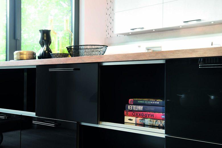Cristall Black kitchen