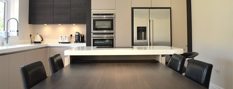 How-to-achieve-subtle-symmetry-in-modern-kitchen-design-kitchen