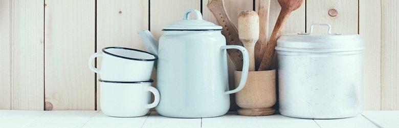 cottage kitchen white accessories