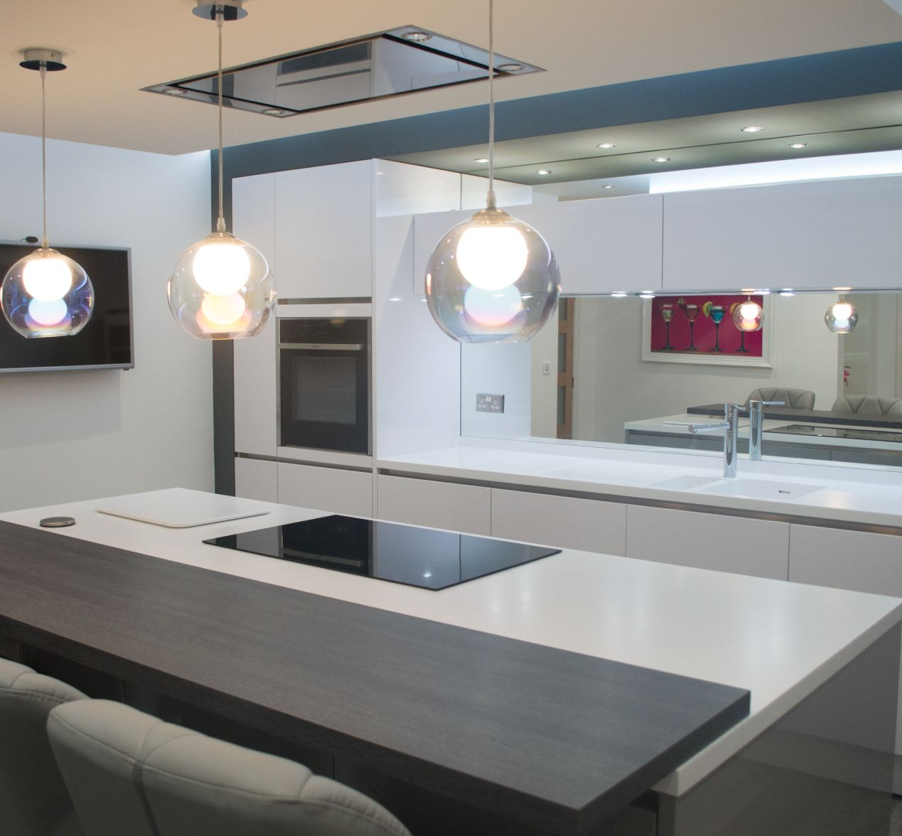 Modern Chic Kitchen Style Choice For Customers In Oldham