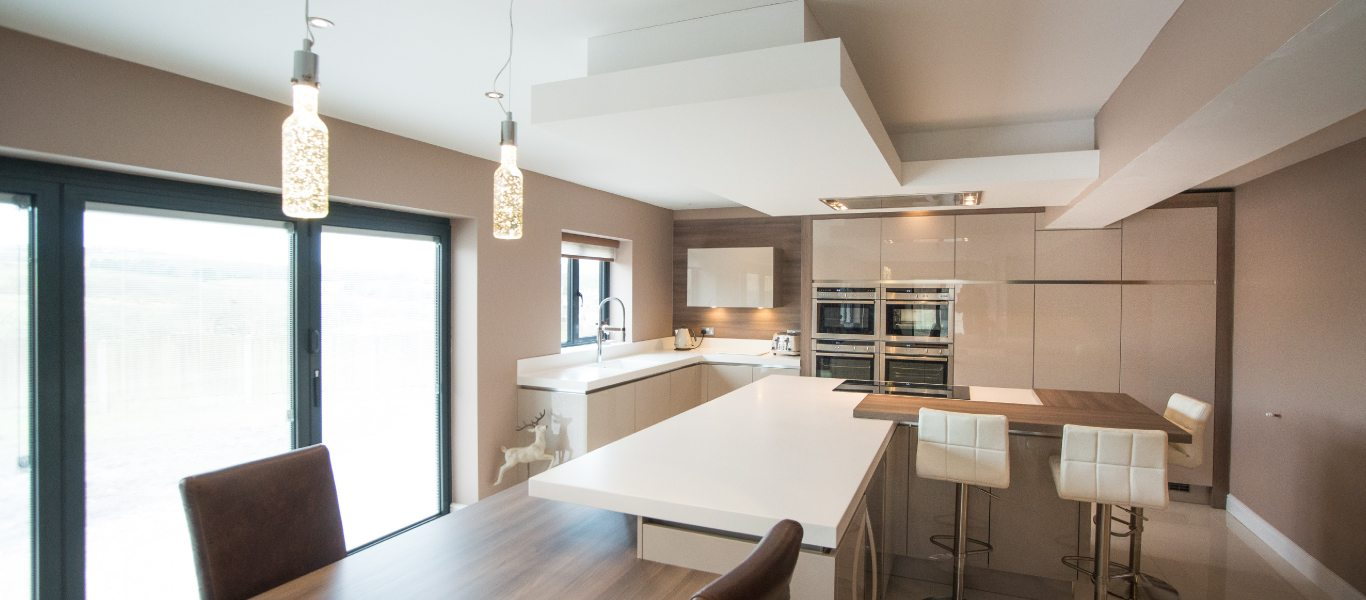 A Family Space For Cooking, Dining & Entertaining