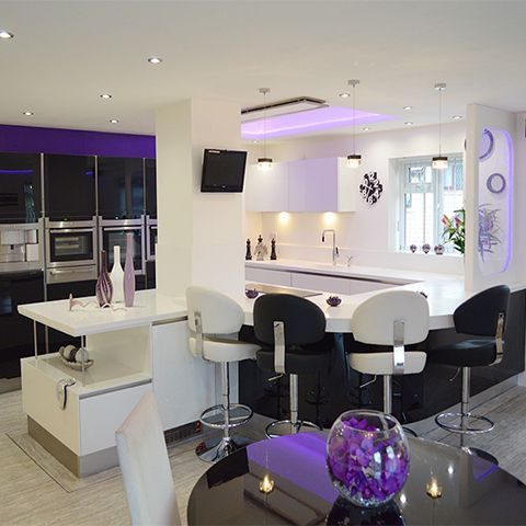 Simplistic and Stylish - The perfect kitchen for social soirées
