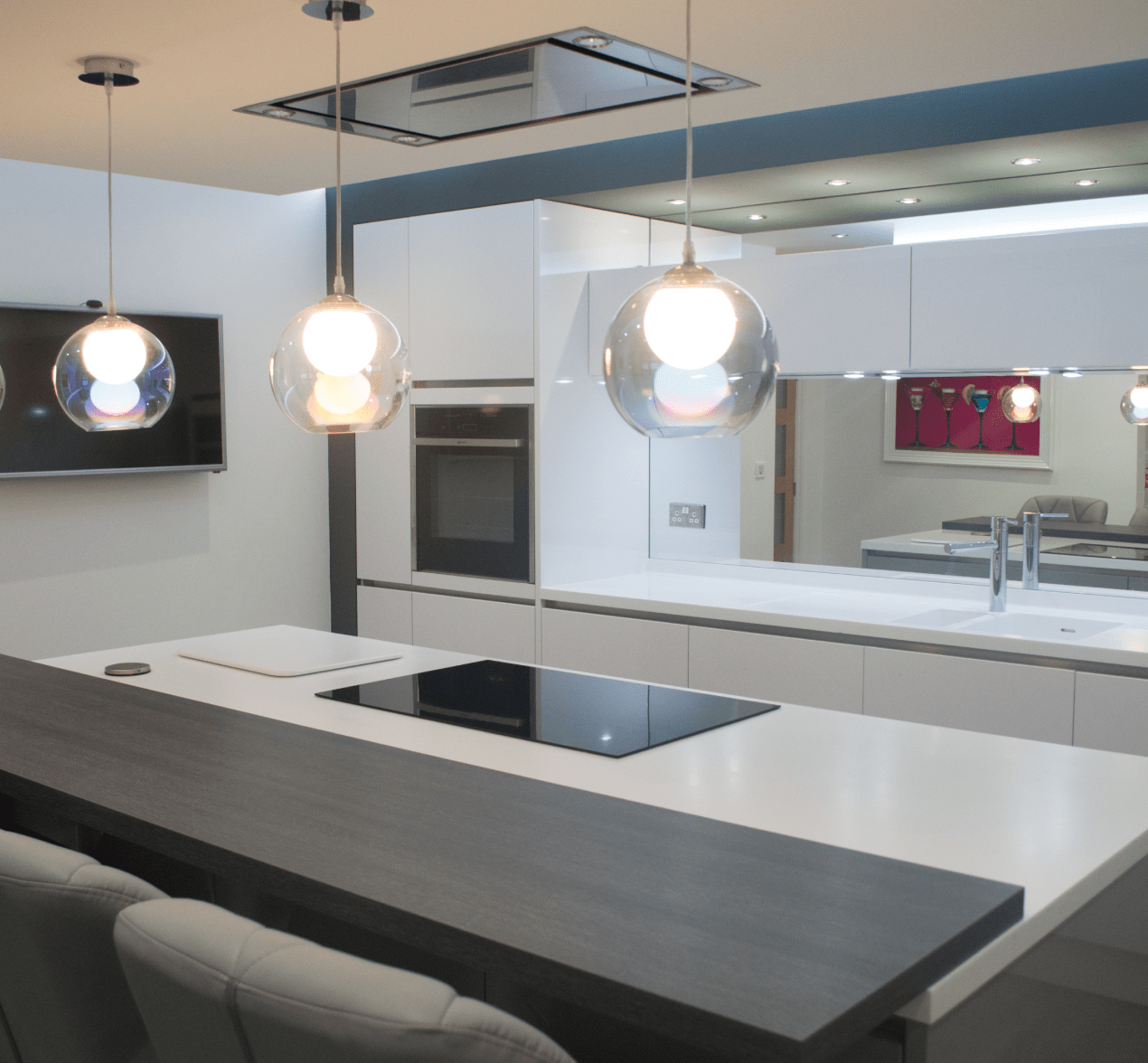 Modern Chic Kitchen Style For Customers In Oldham